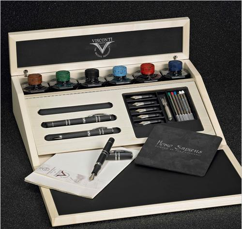 SET DE VISCONTI HOMO SAPIENS EN CALIGRAFICO
